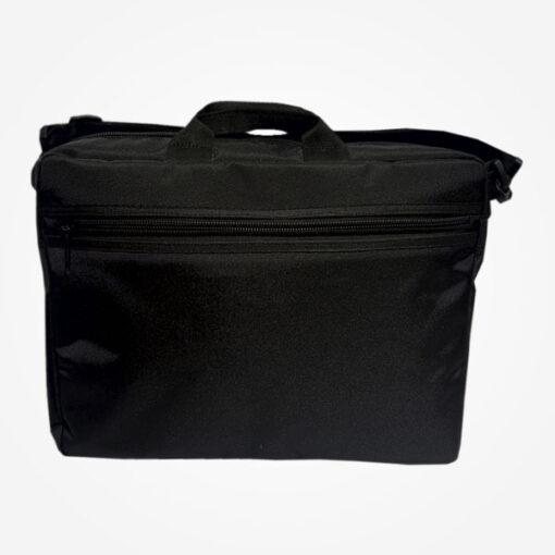 Bolso pañalera, elaborado en lona impermeable con medidas de 42 centímetros de ancho por 36 centímetros de alto por 14 Cm de fondo.